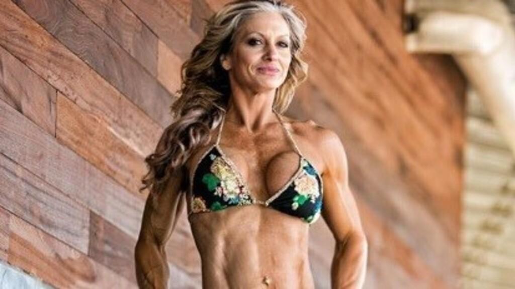 Nem hiszik el a korát ennek a bikinimodellnek