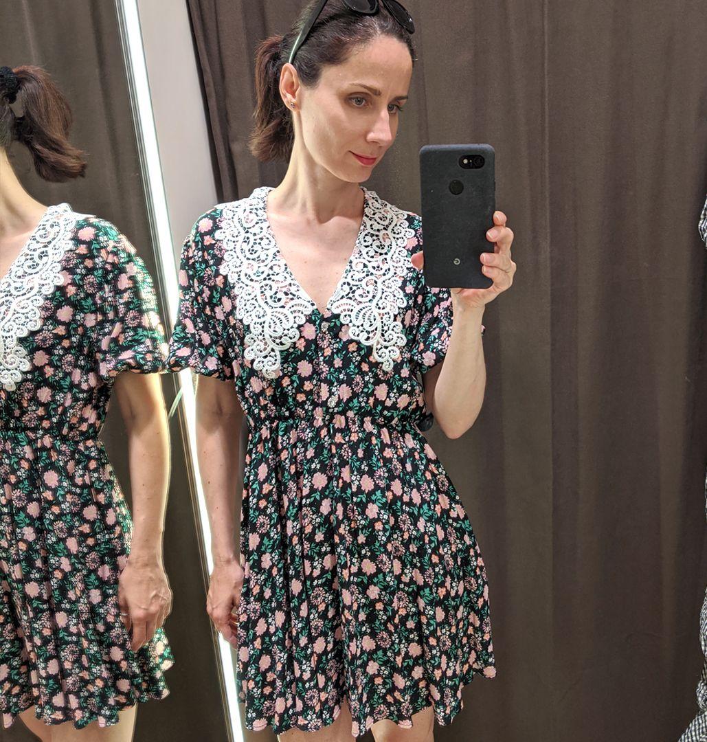 virágos ruha Zara