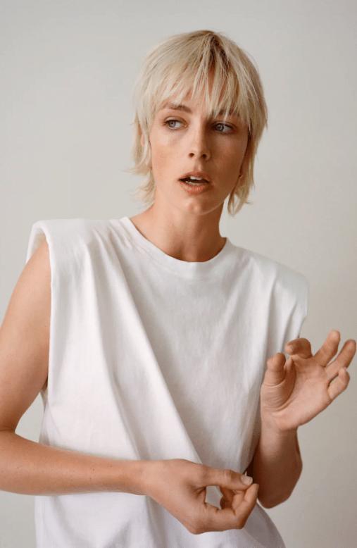 Zara válltöméses póló