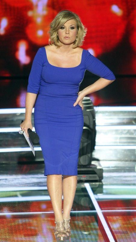 Liptai Claudia kék ruhában