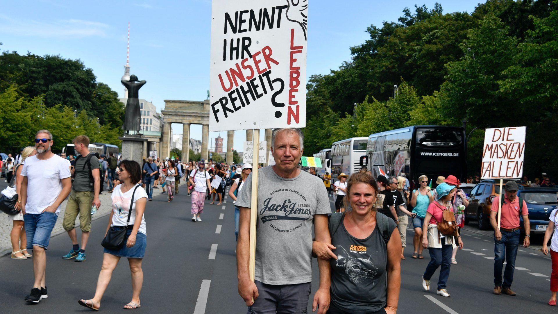 Anti-koronavírus tüntetés Berlinben