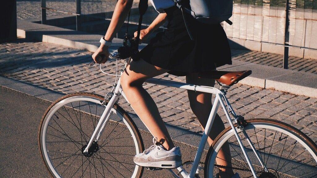 Biciklis szabálytalanságokról csinált videót a rendőrség