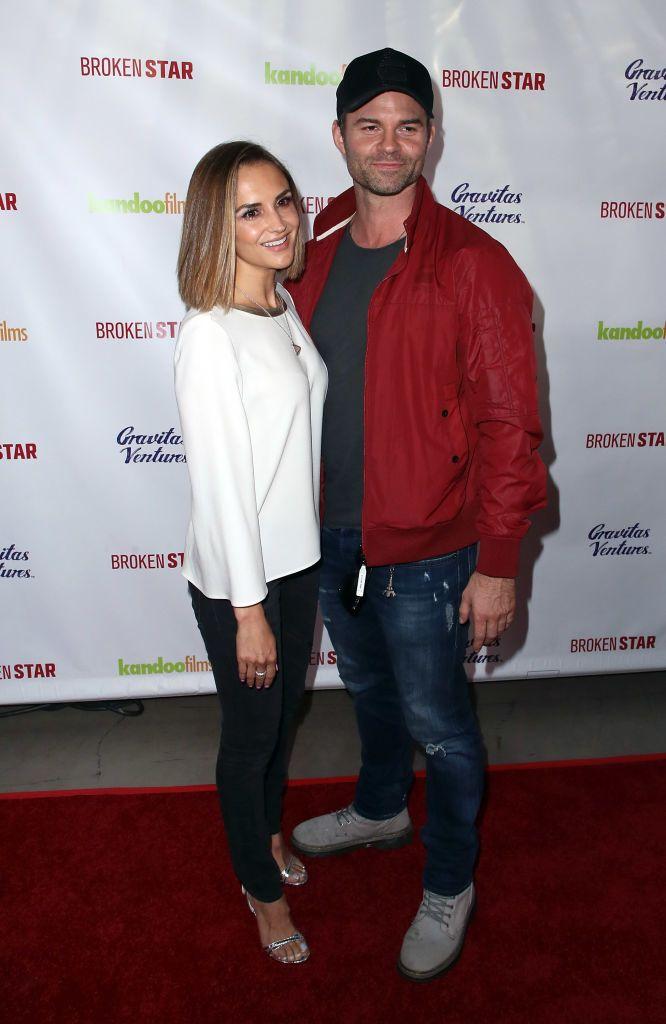 Rachael Leigh Cook és Daniel Gillies