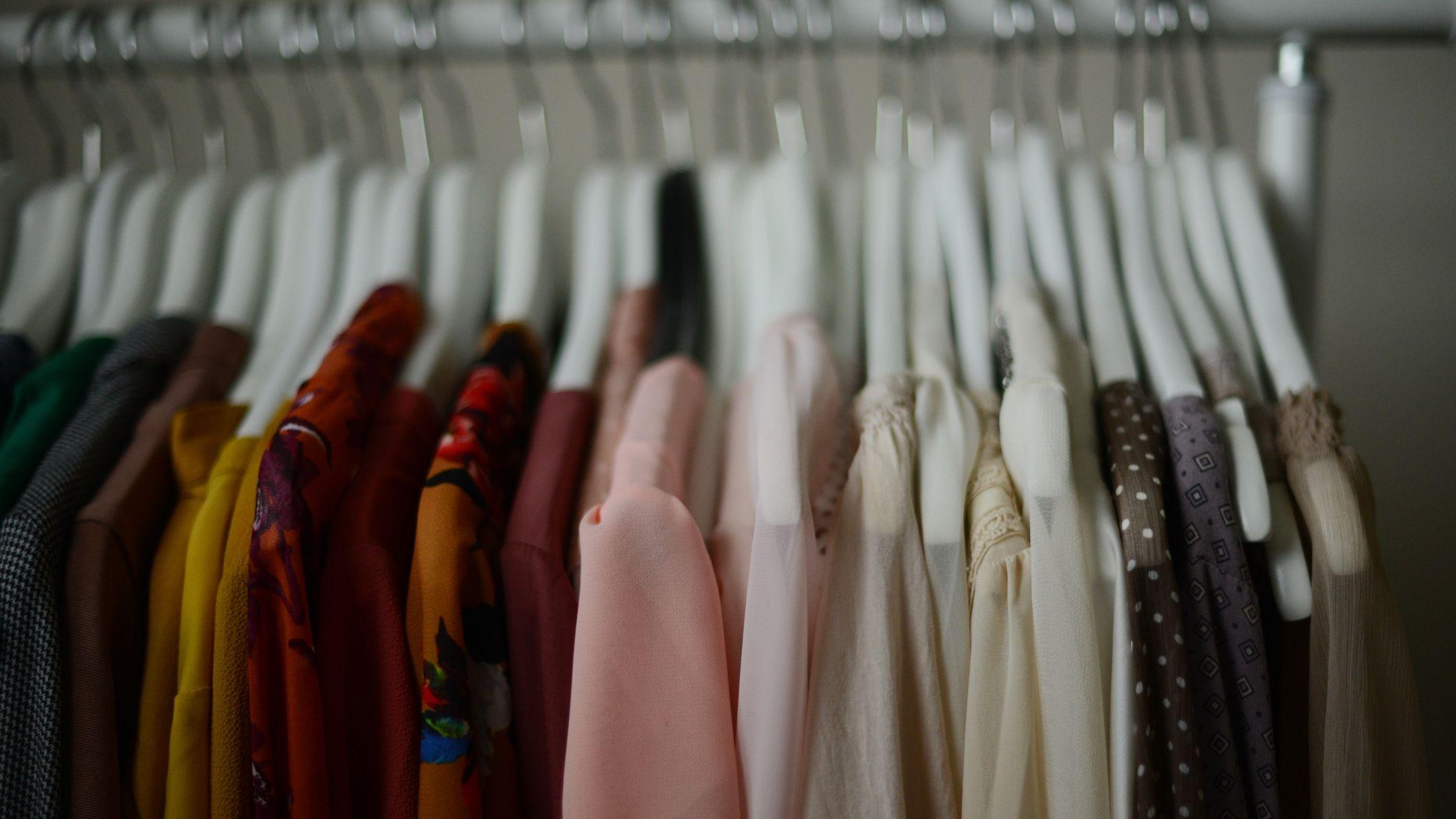 Ráznak a ruháid?