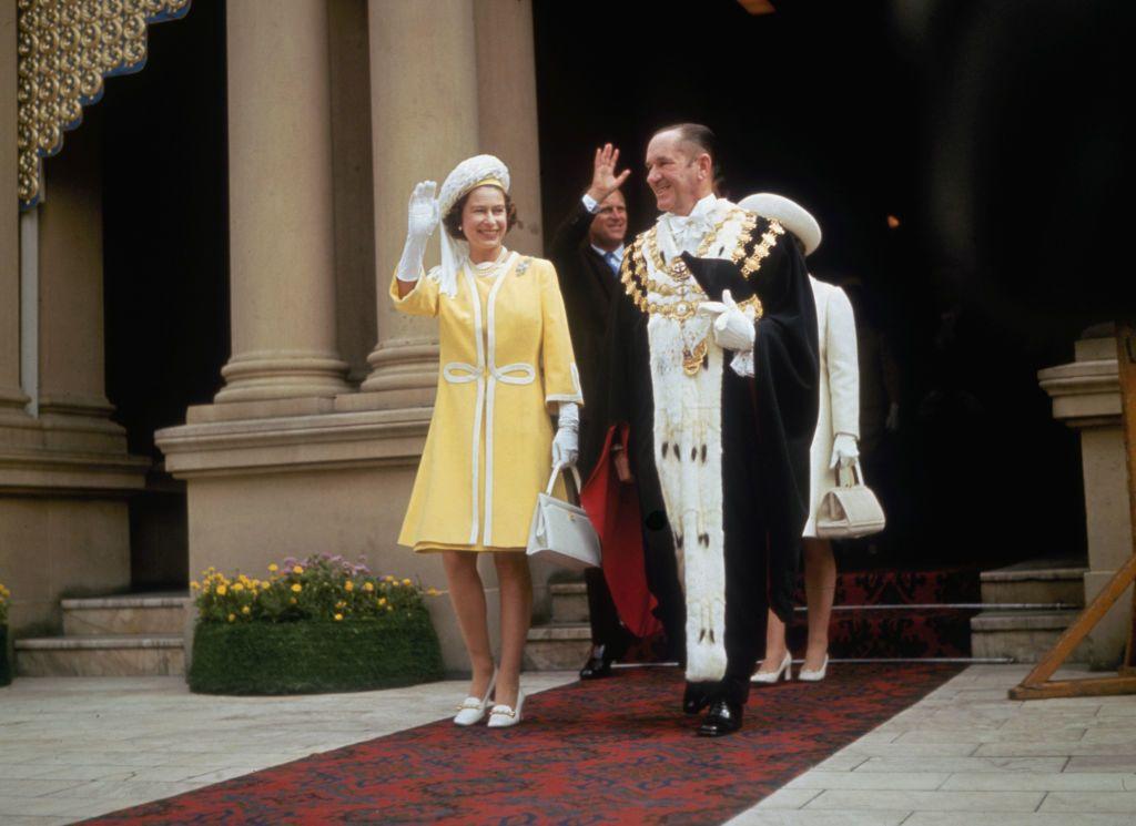 II. Erzsébet miniben