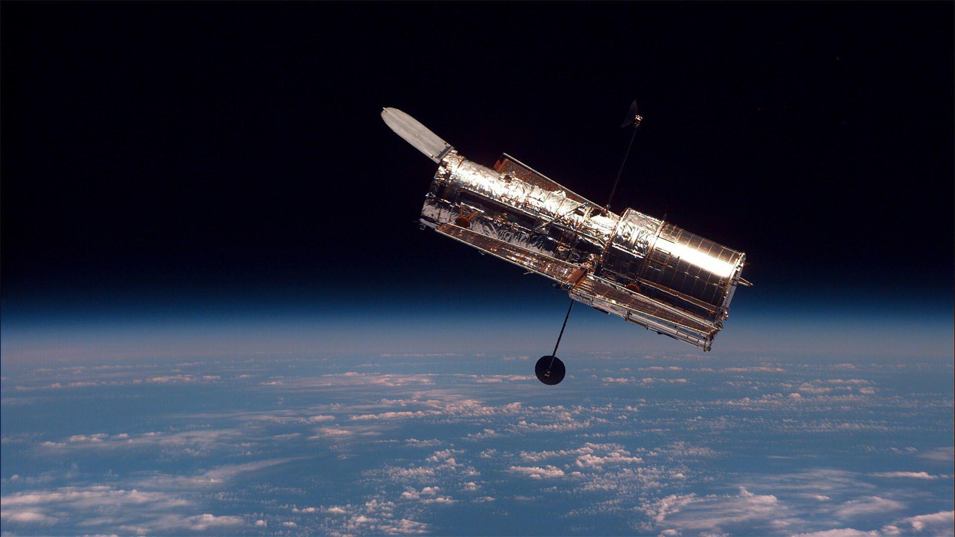 Rekordot döntött a Hubble űrteleszkóp: megtalálták az eddigi legtávolabbi galaxist