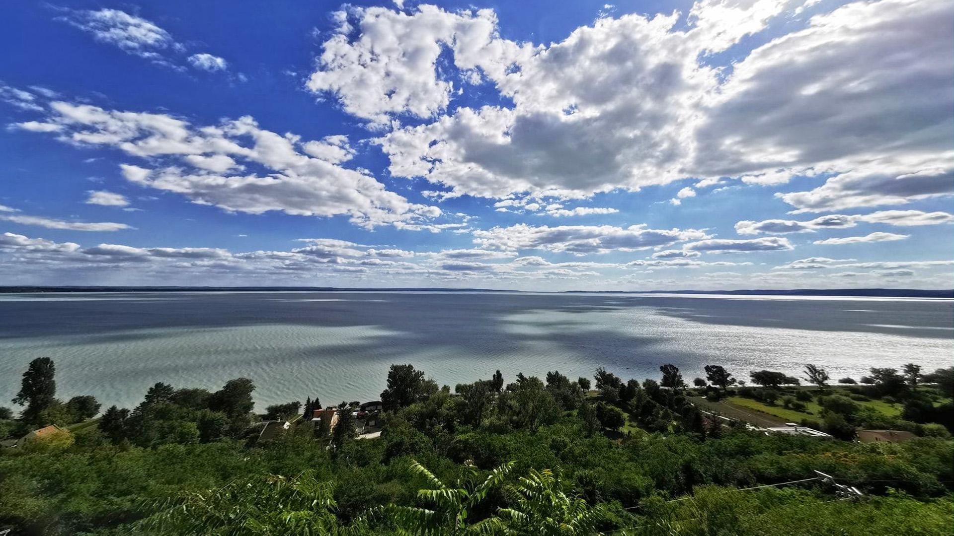 Szem ritkán lát szebbet! Két keréken a Balaton körül - 31 látványos fotó
