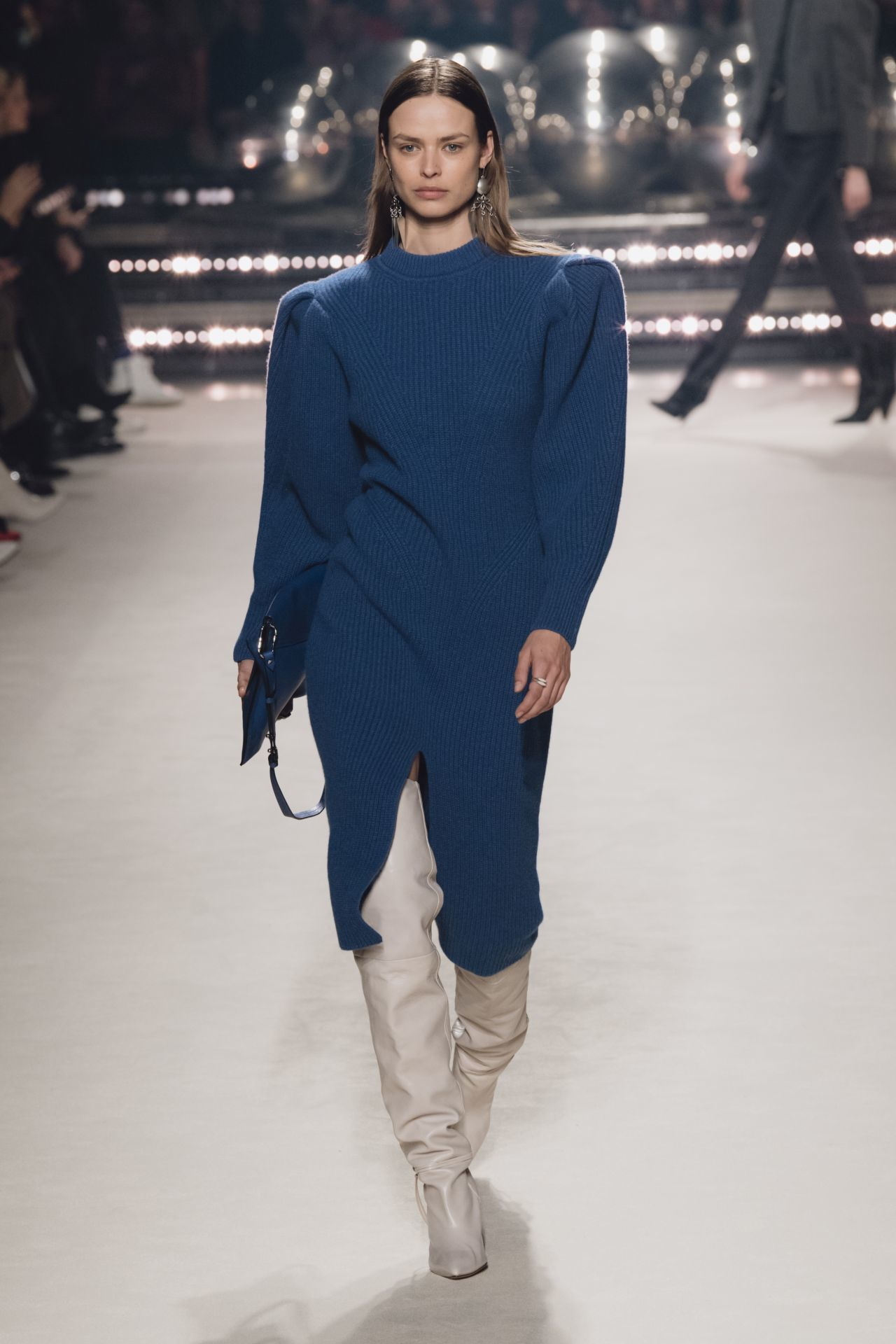 puffos ujjú kék ruha Isabel Marant