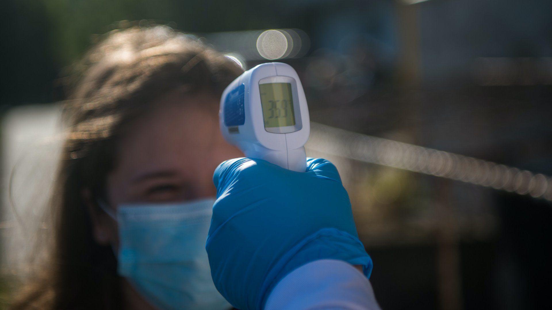 Testhőmérséklet-mérés a koronavírus-járvány idején