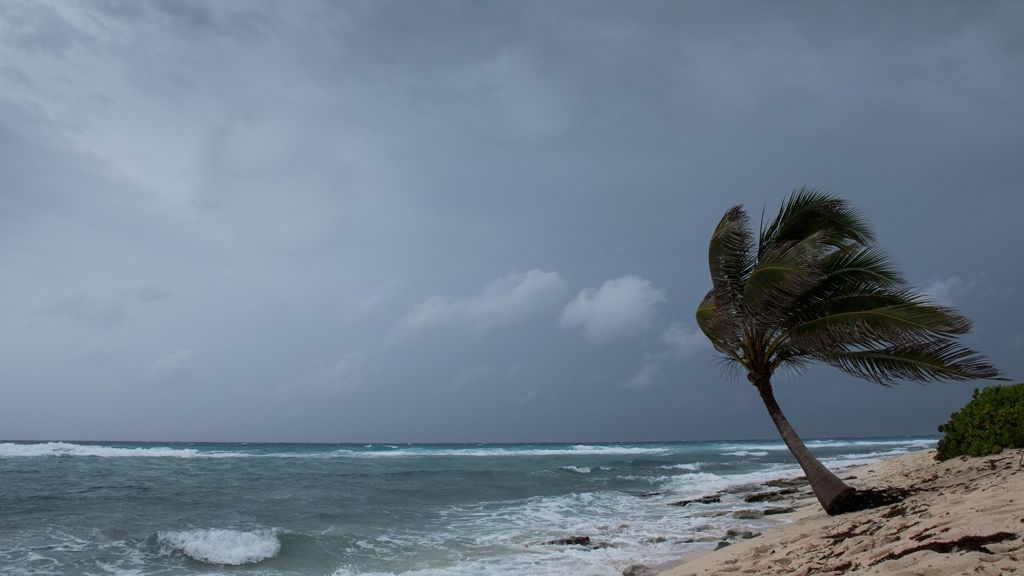 Túlélhetetlen hurrikán közelítTexas partjaihoz