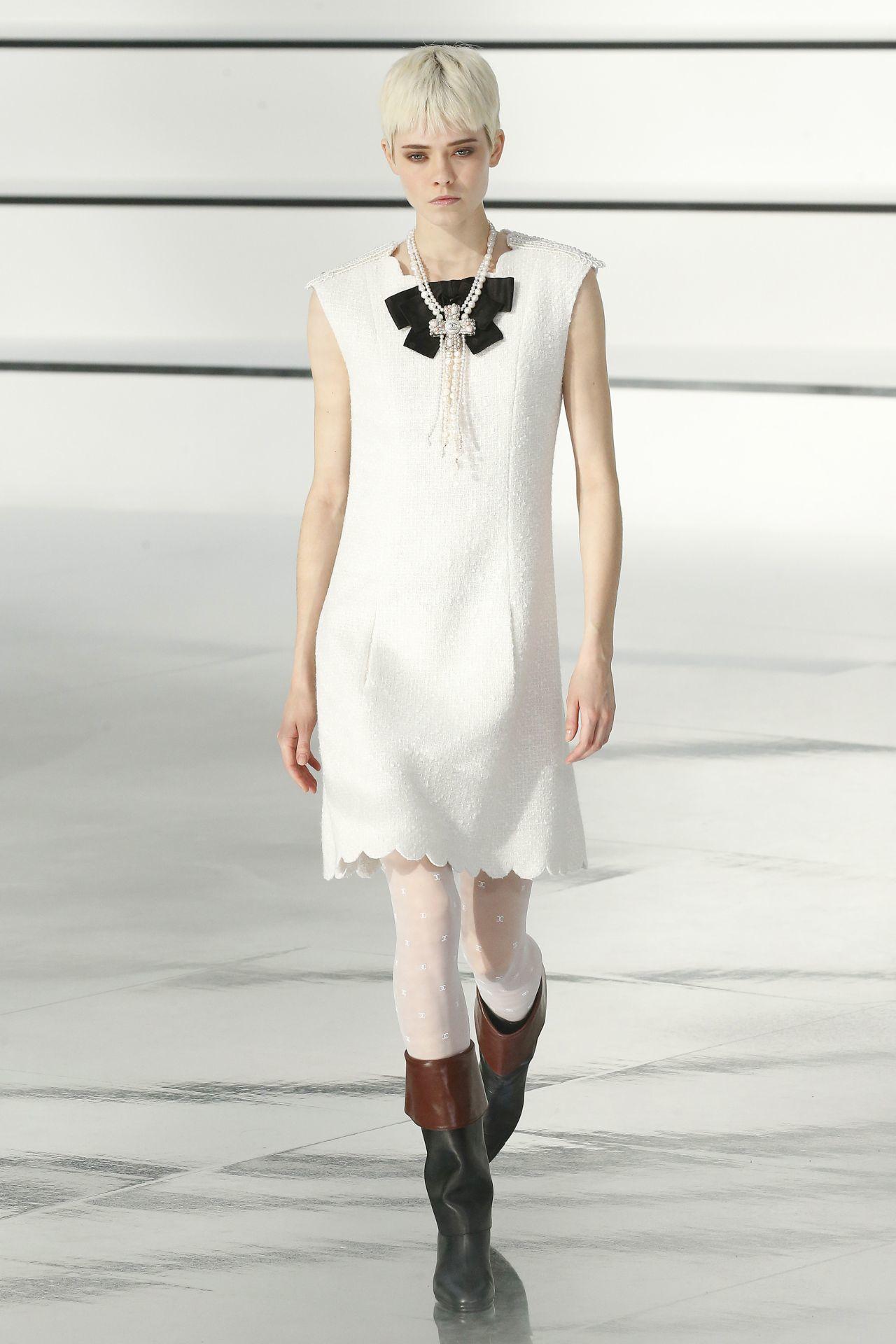 Chanel masnis ruha
