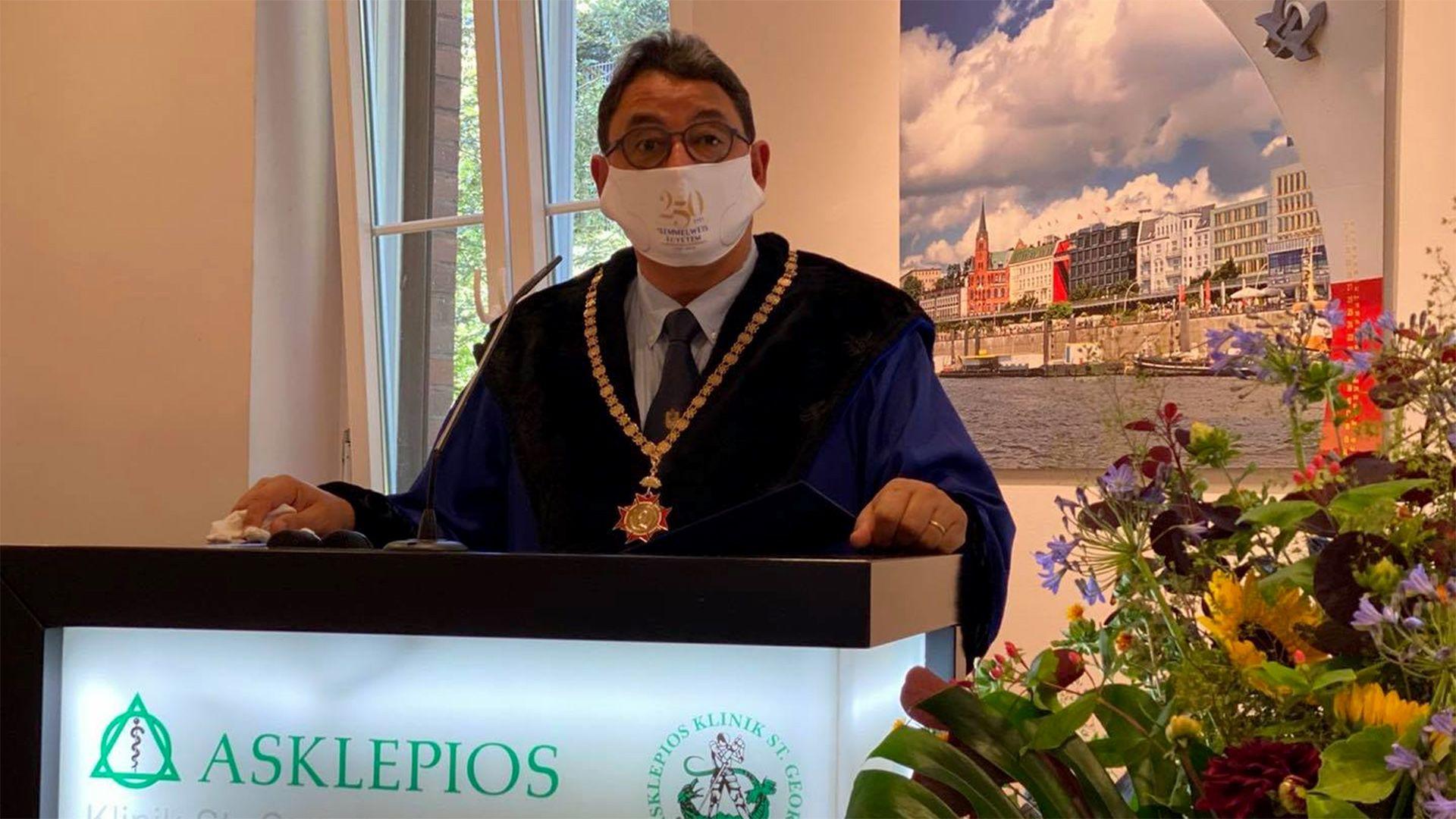 dr. Merkely Béla is megcsináltatta a koronavírus-tesztet