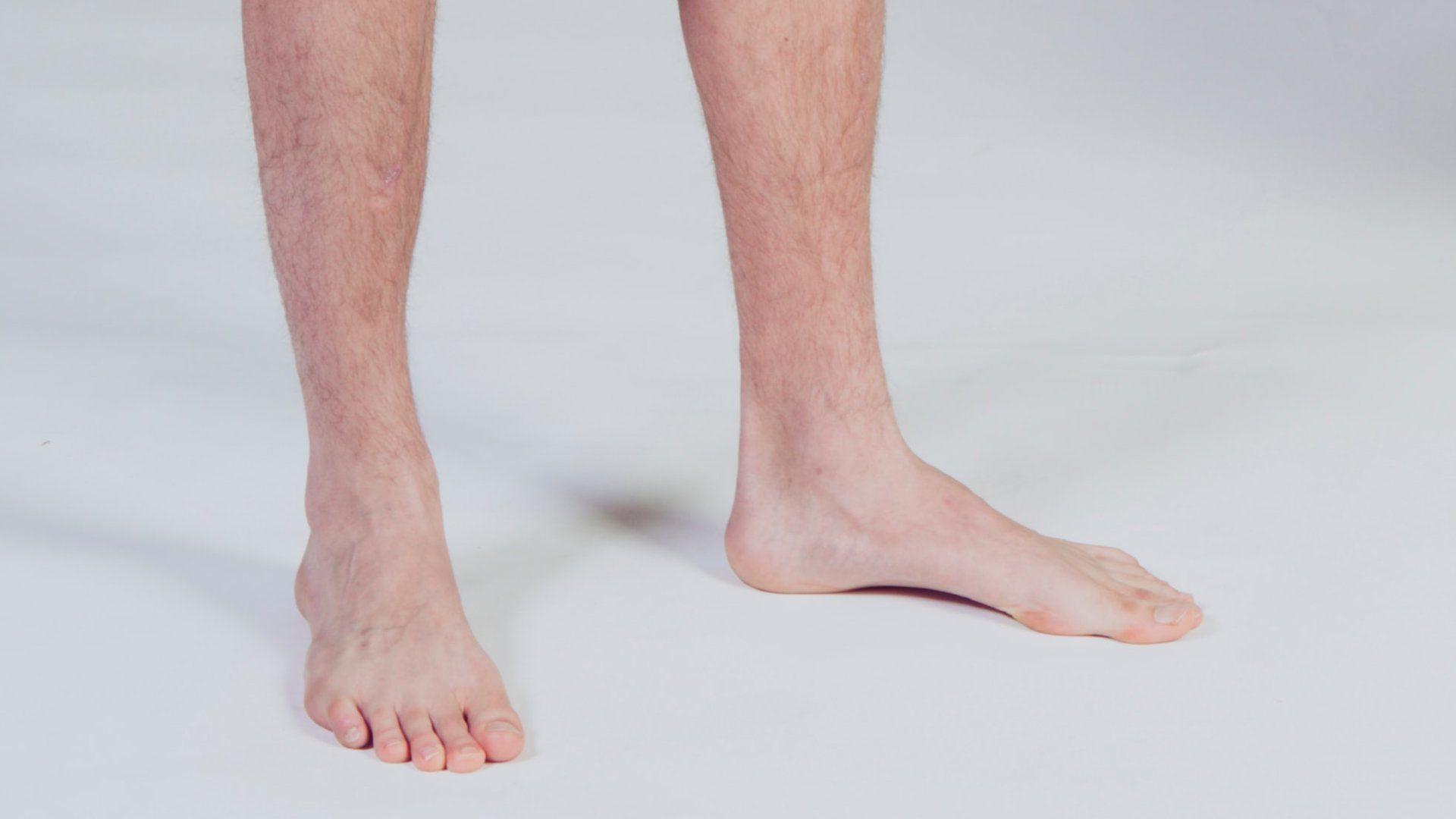 Férfi meztelen láb