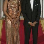 Michelle Obama ezt a gyönyörű Atelier Versace ruhát viselte az olasz miniszterelnök 2016-os látogatásakor.