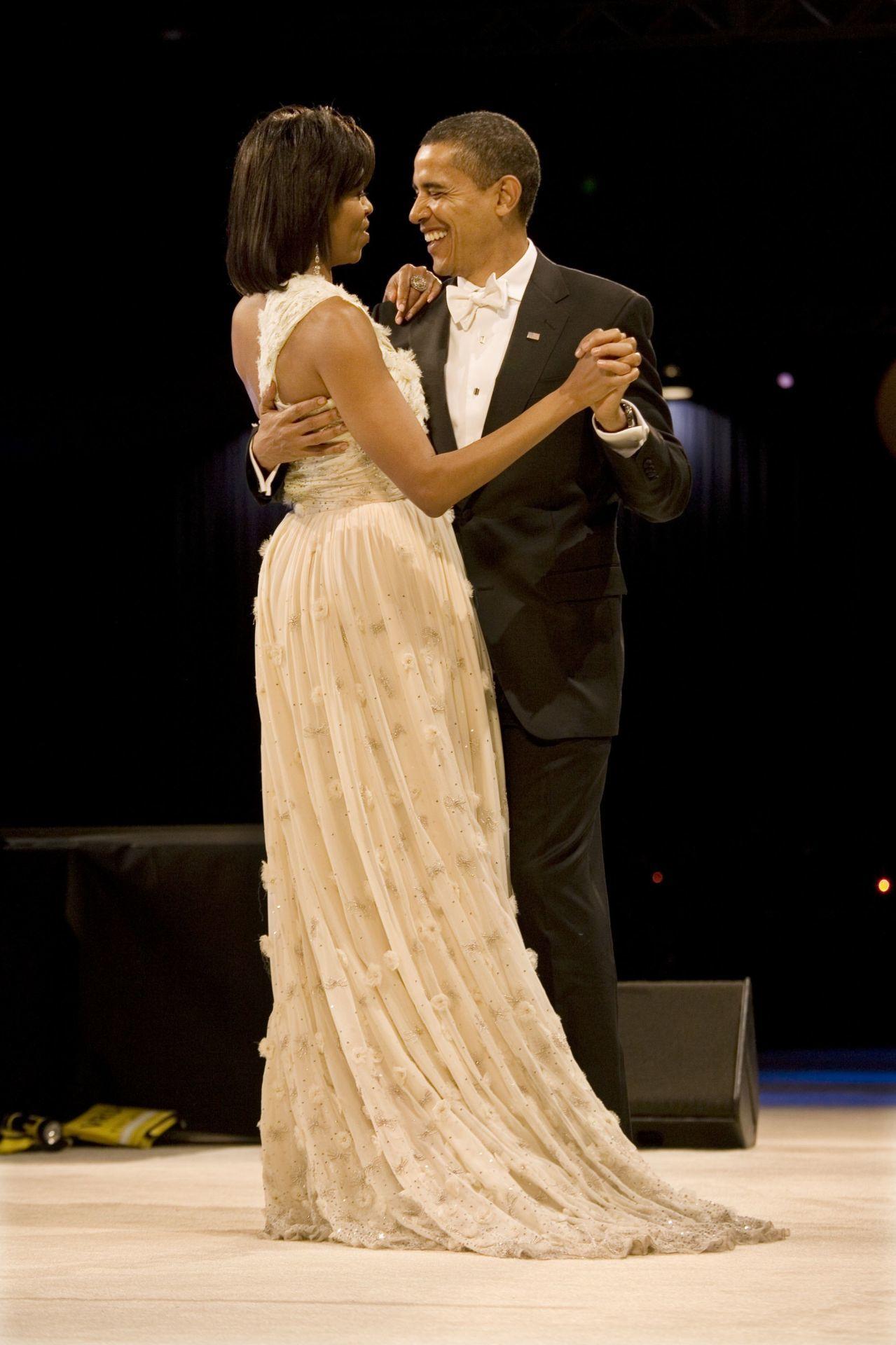 Michelle Obama és Barack Obama 2009-ben a washingtoni beiktatási bálon.