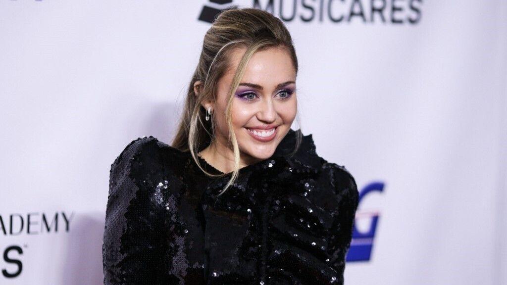 Megint szakított Miley Cyrus