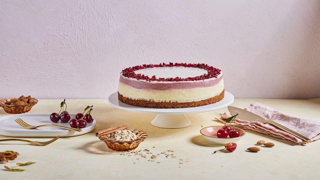 Bemutatták az ország cukormentes tortáját