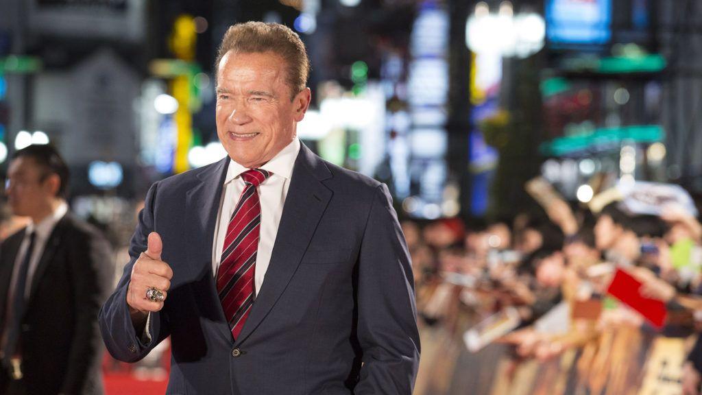 Elolvadsz Arnold Schwarzenegger cuki állataitól