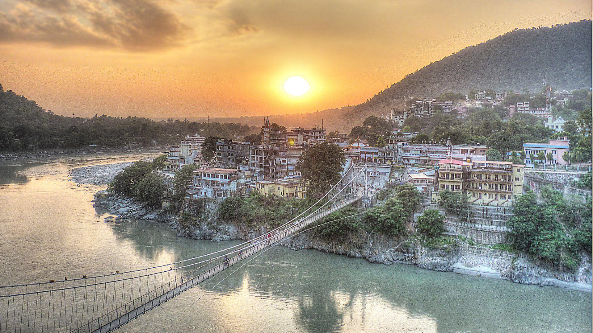 Laksman Dzshula híd Indiában