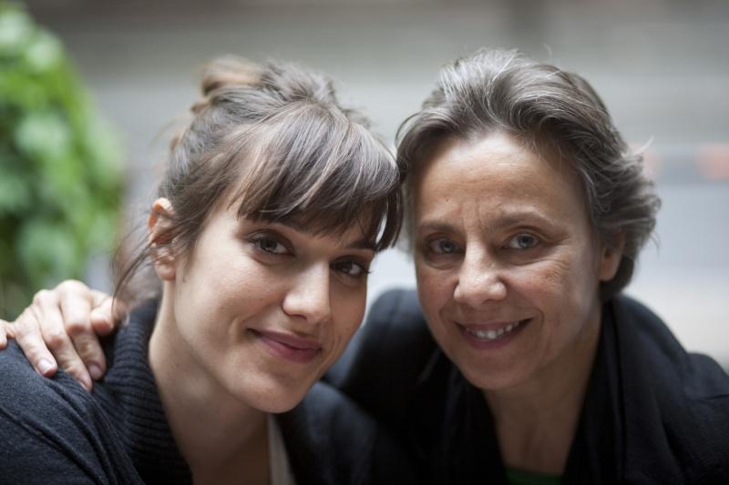 Pálmai Anna és Szirtes Ági 2010-ben közösen szerepeltek és adtak interjút az egyik magazinnak, akkor készült ez a fotójuk