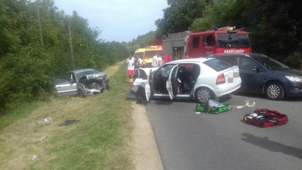 Autóbaleseti Tamásinál