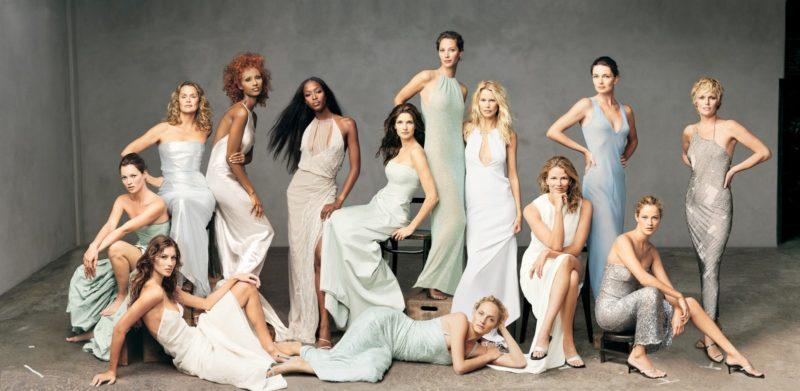 A Vogue milleniumi számának csoportképe