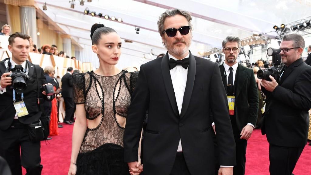 Megszületett Joaquin Phoenix és Rooney Mara első gyermeke. (Fotó: AFP)