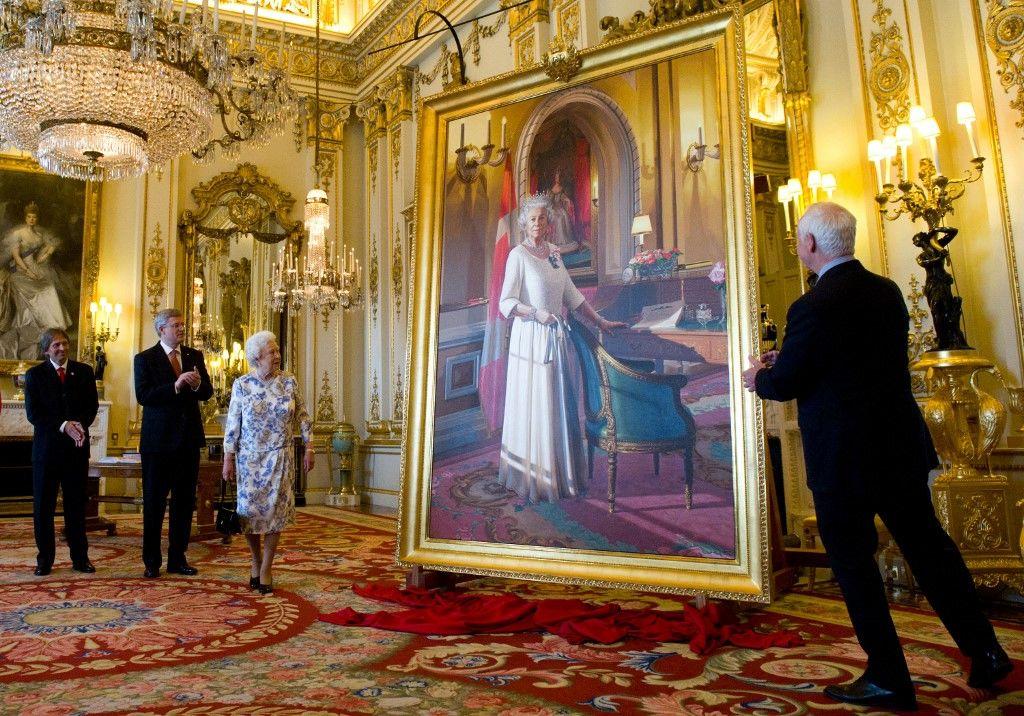 II. Erzsébet a Buckingham-palotában