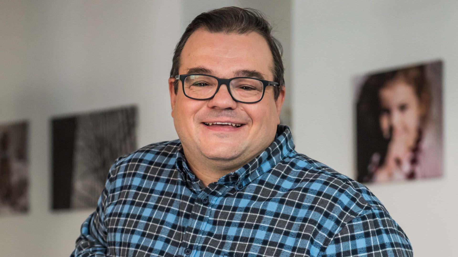 Elek Ferenc a túlsúlyról, a filmezésről és az SZFE szolidaritásról mesélt