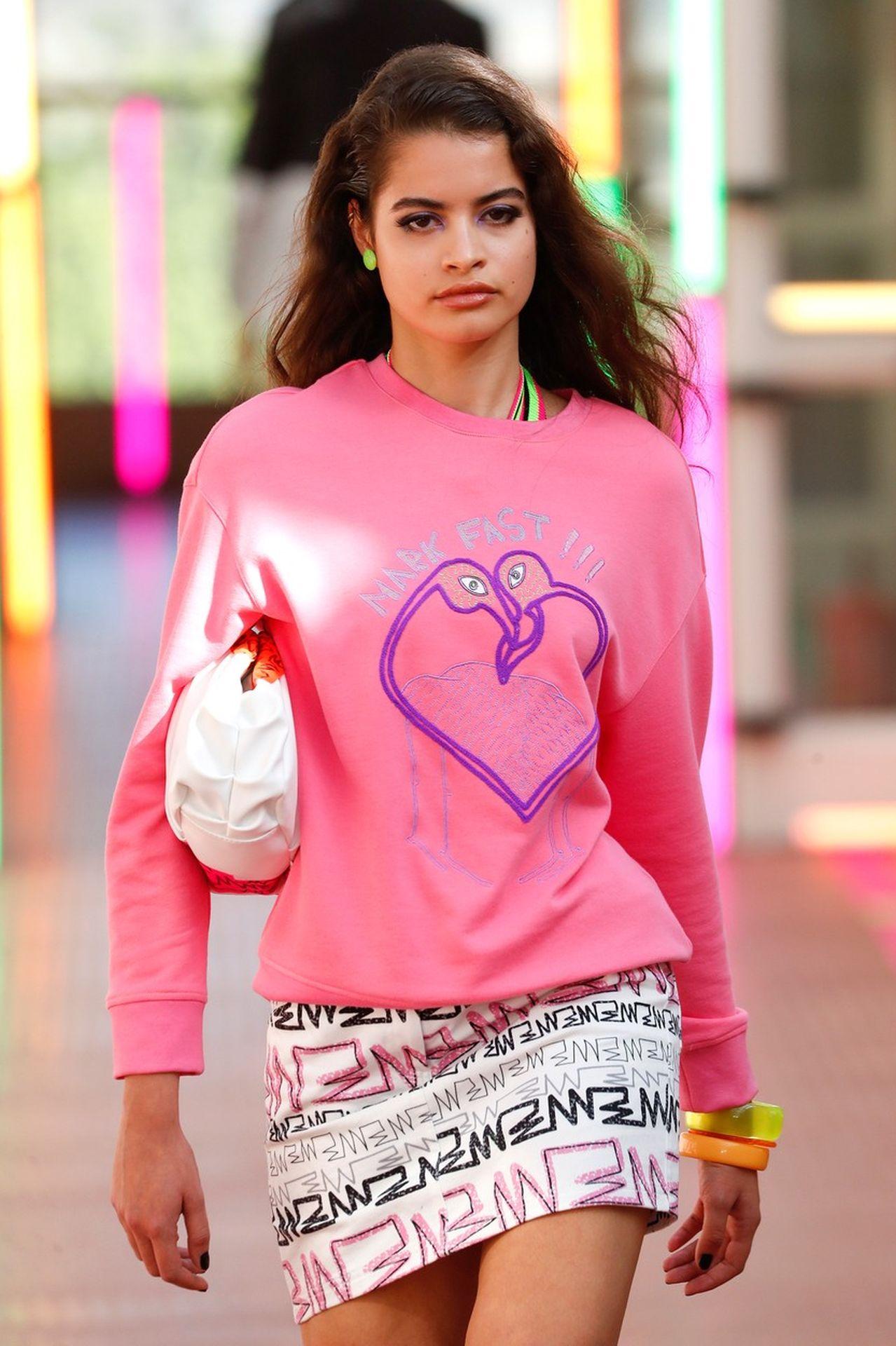 Mark Fast pink pulóver