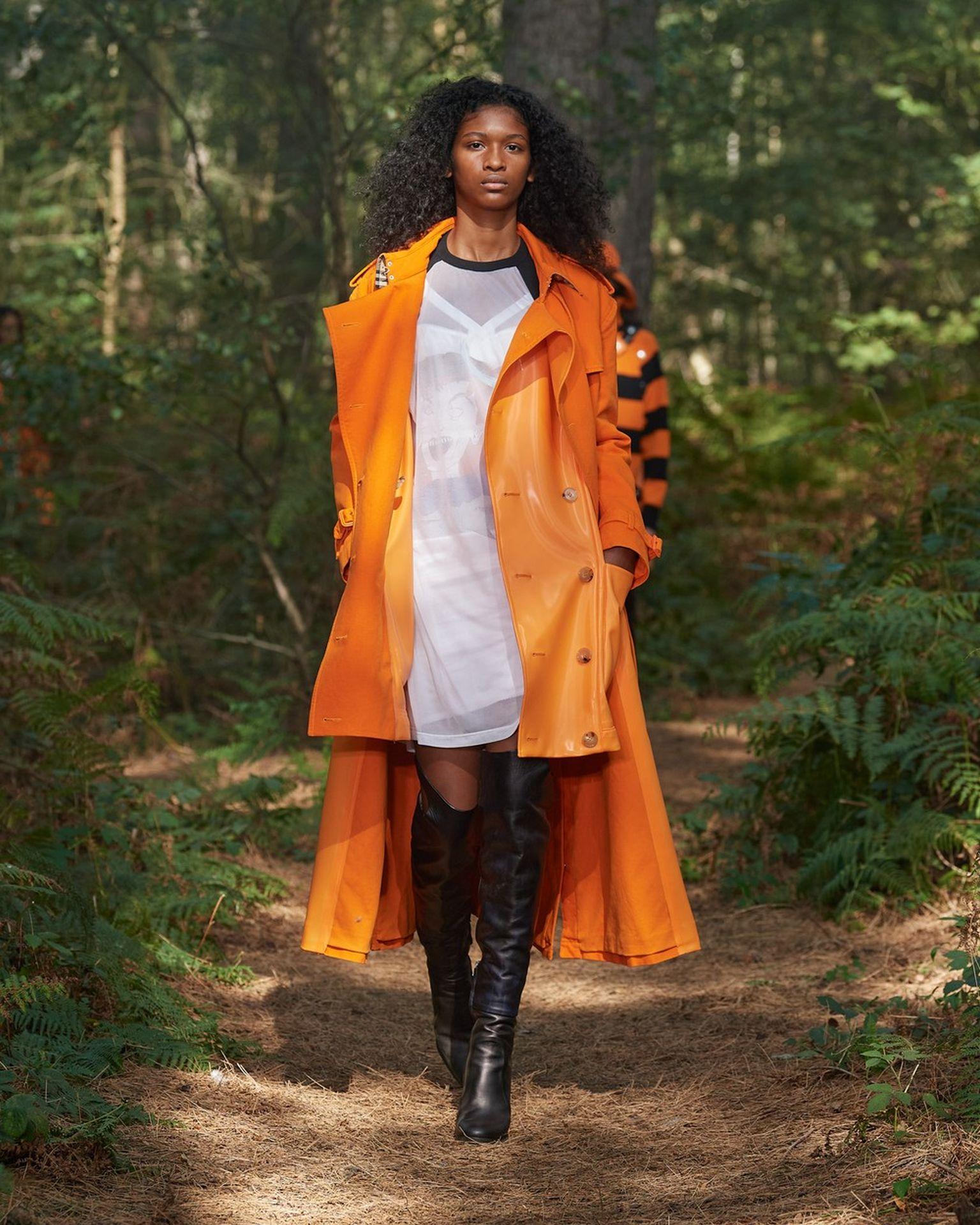 Burberry narancssárga kabát