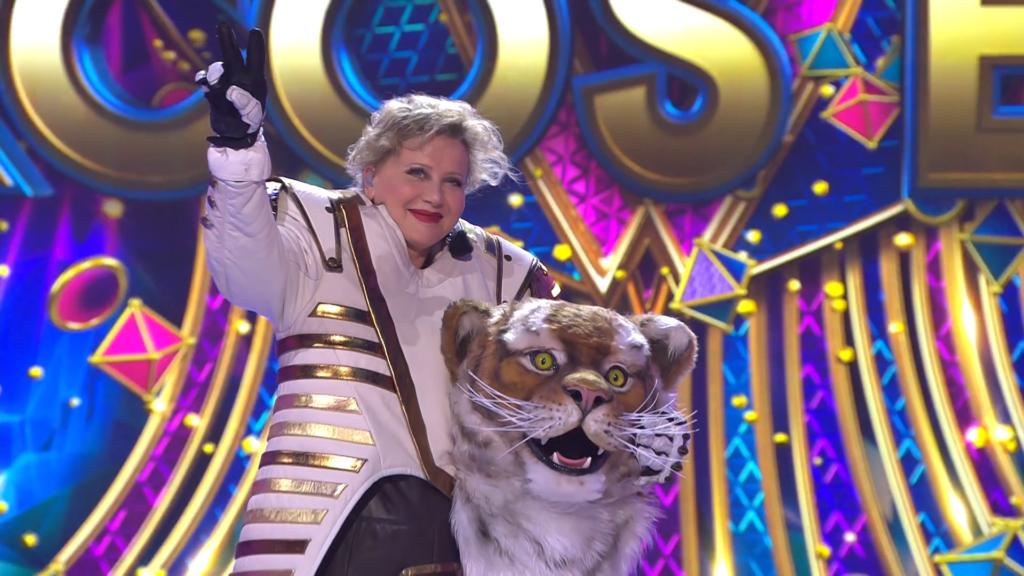 Eszenyi Enikő az Álarcos énekes Tigris jelmezében