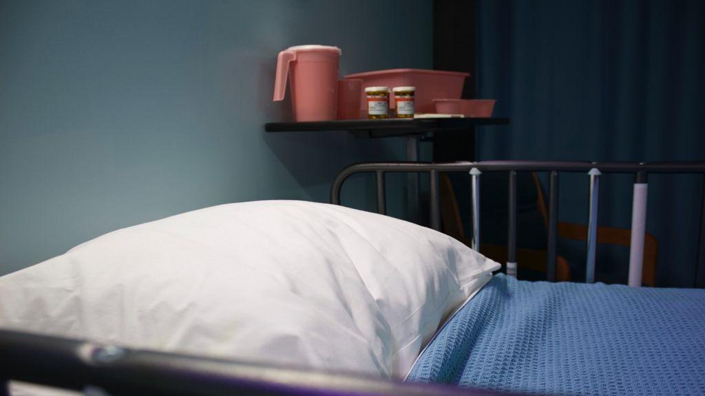 Élőben közvetíti haldoklását a férfi, miután nem engedték neki az eutanáziát.
