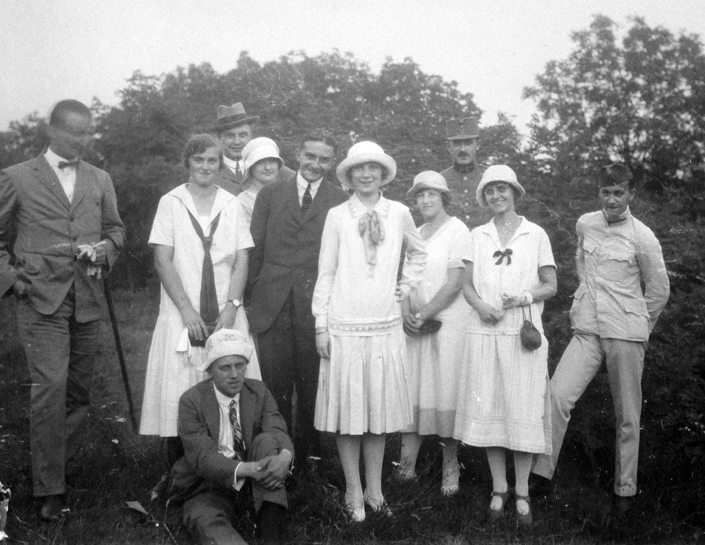 Csoportkép 1920-ból