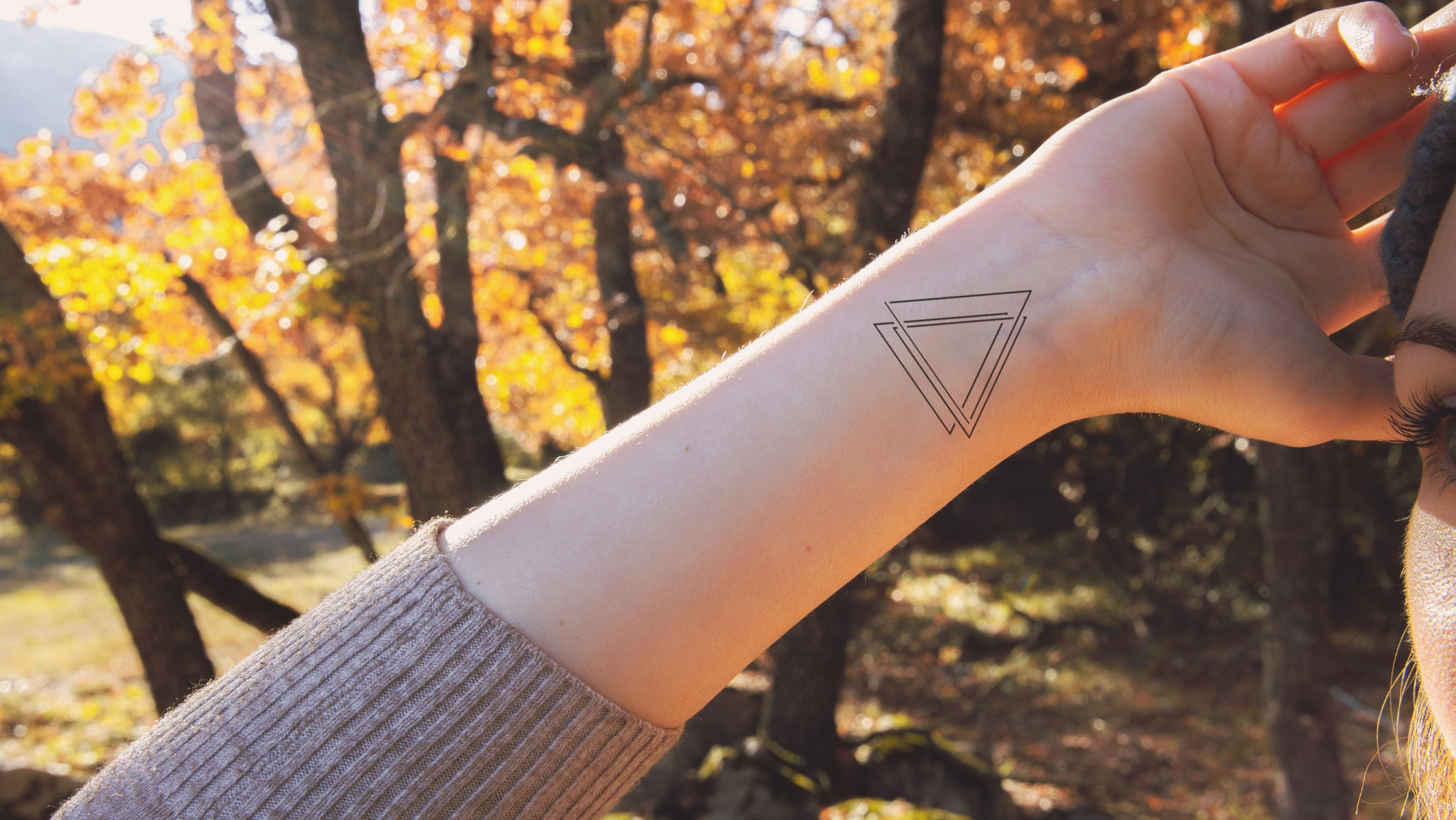 Háromszög tetoválás