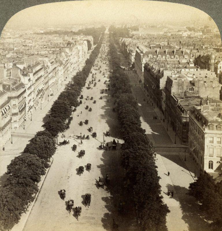 Champs Elysees a magasból
