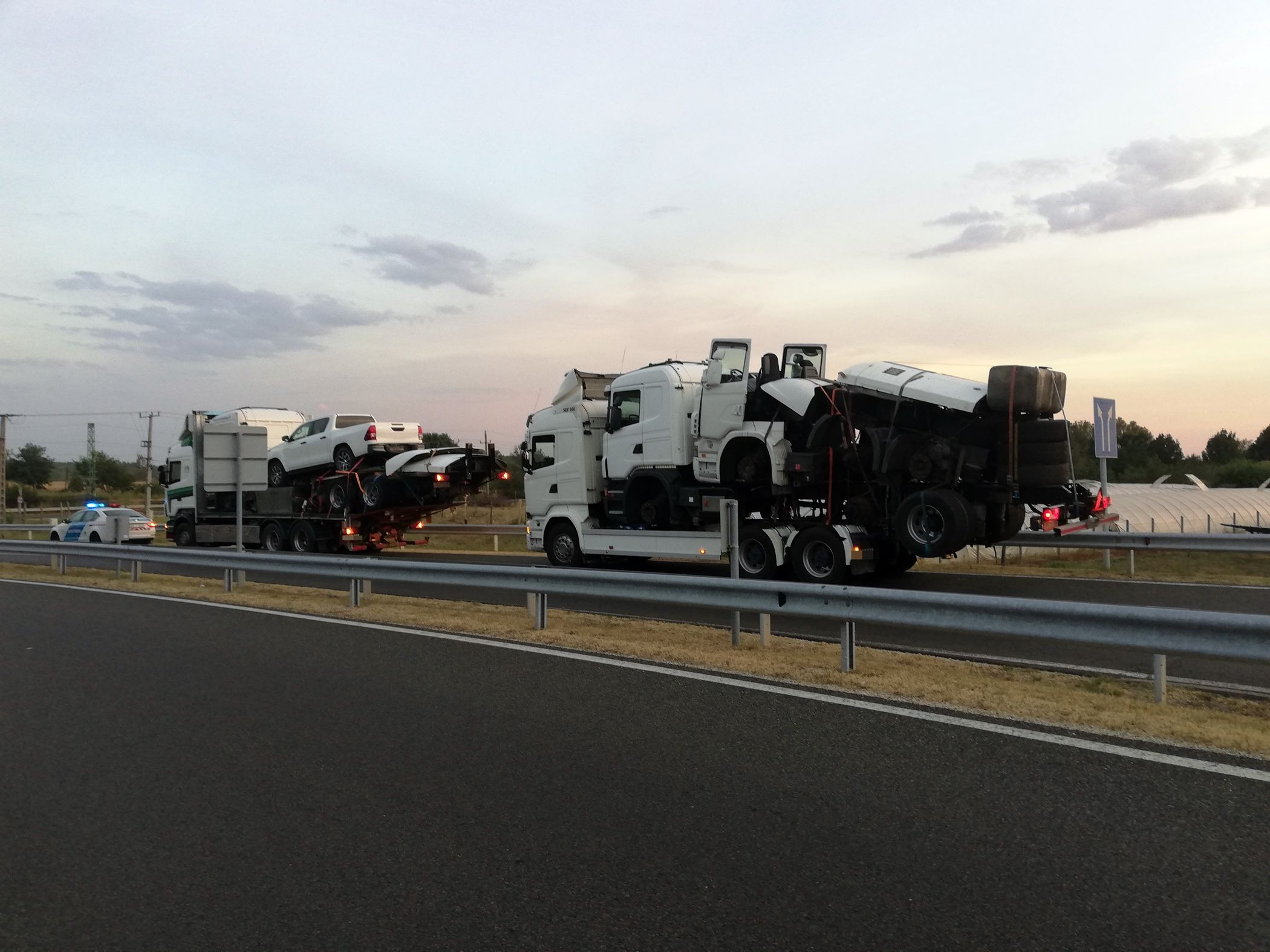 Transformerst fogtak a rendőrök az M5-ös autópályán