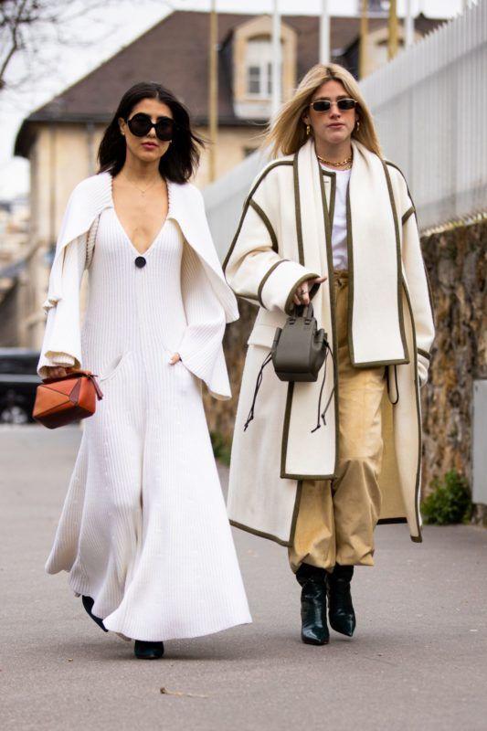 mélyen dekoltált kötött ruha street style