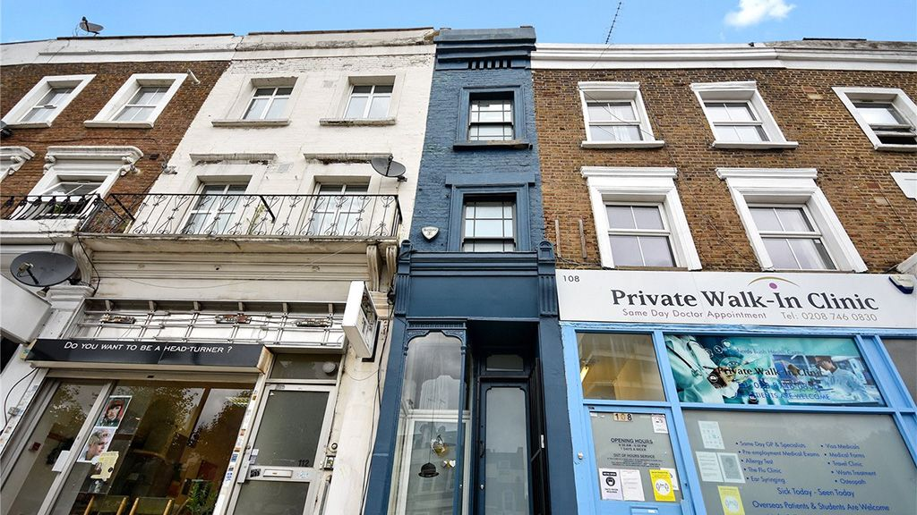 Eladó London legkeskenyebb háza