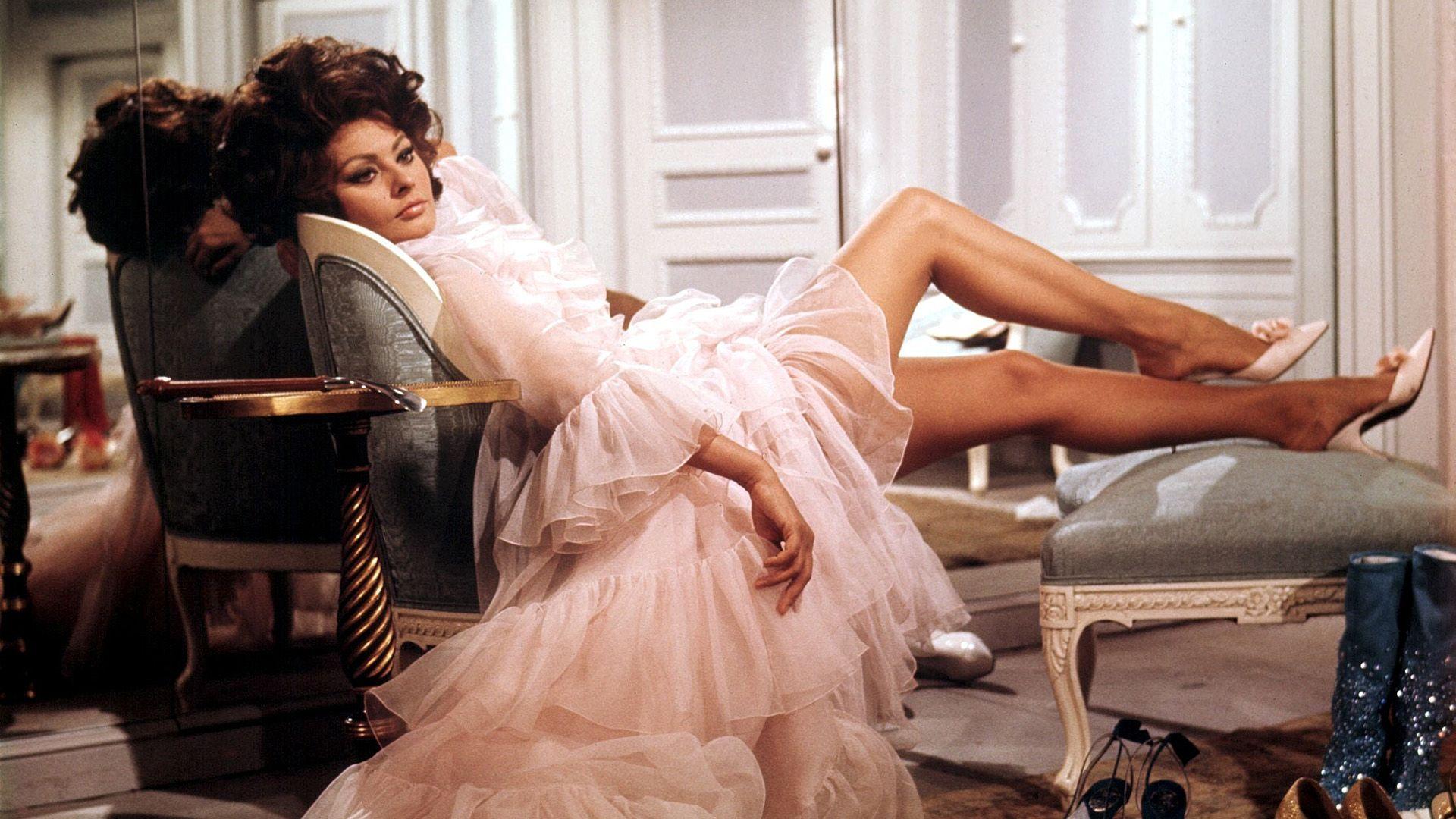 Sophia Loren 86 évesen is szexszimbólum