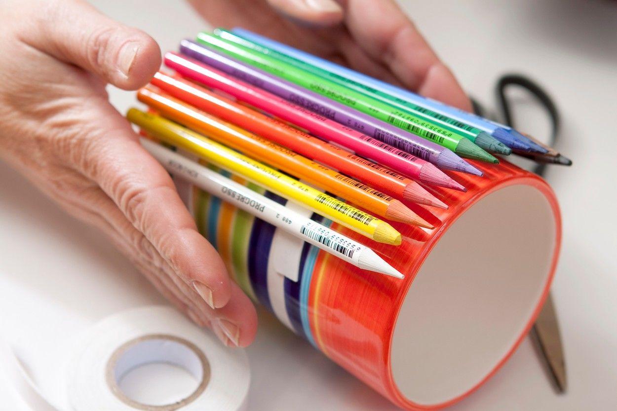Készíts ceruzatartót ceruzákból!