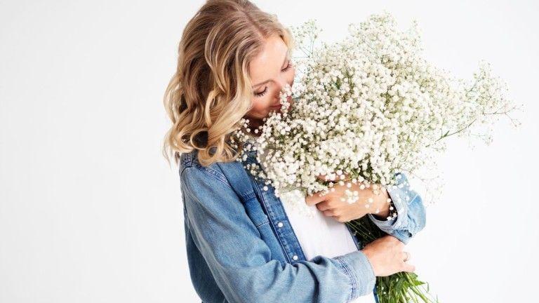 Meglepetés másként – küldj futárral virágot vagy csomagot!