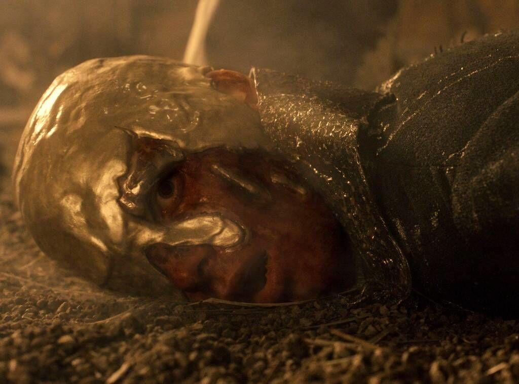 A Trónok harcában is van utalás az aranyba öntött uralkodóról