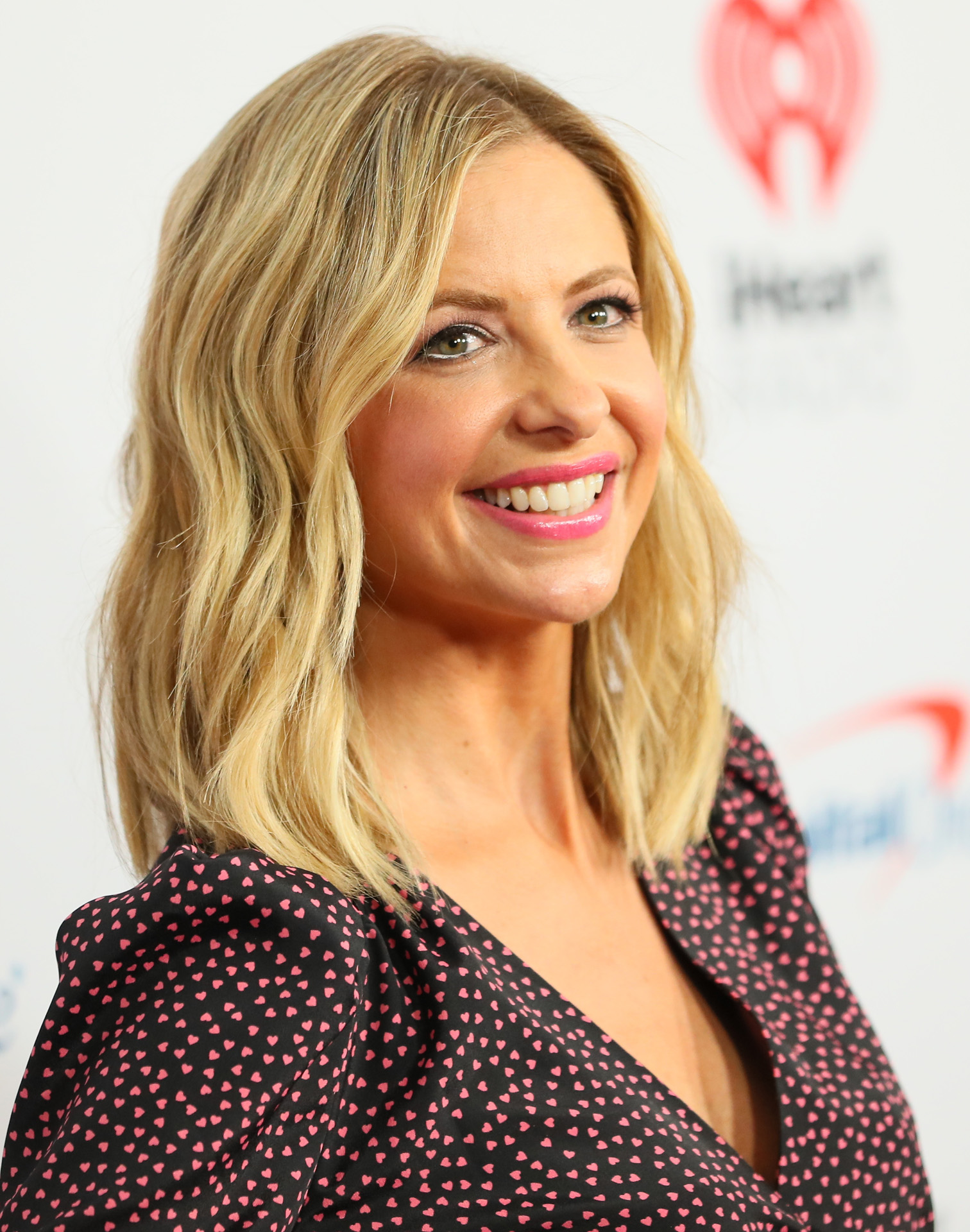 Sarah Michelle Gellar attends the KIIS FM's Jingle Ball 2019 Presented By Capital One at the Forum on December 06, 2019 in Inglewood, California.
