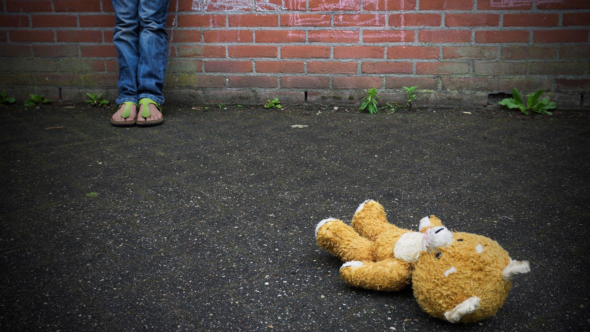Szexuális erőszak gyerekek ellen