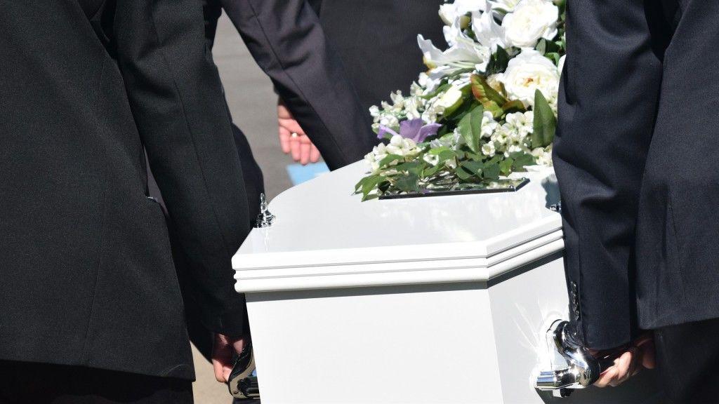 Koporsó egy temetésen