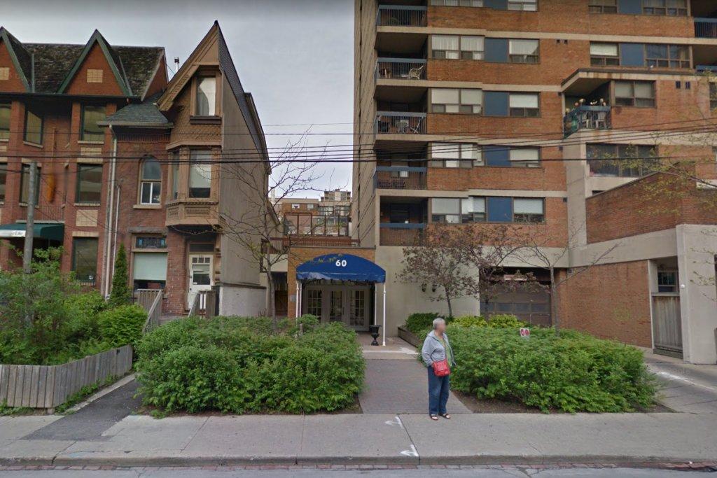 Fél ikerház Torontóban