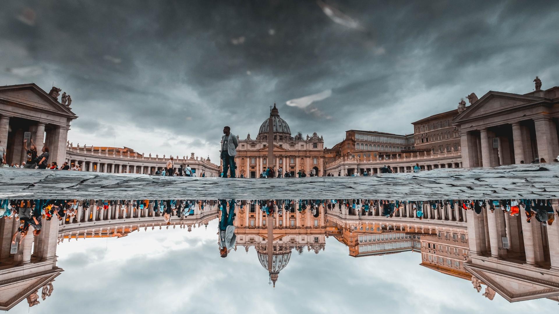Ismerd meg a Vatikán botrányait
