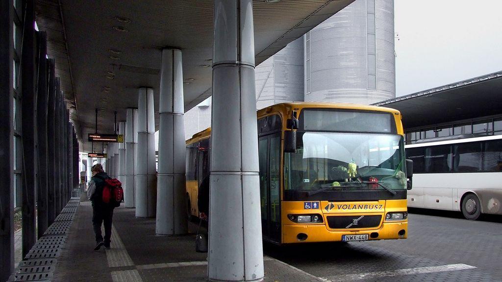 Volánbusz sofőröknek jár a bírság, ha az utasok nem viselnek maszkot