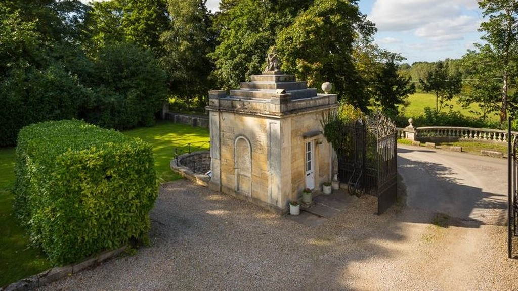 Anglia legkisebb kertes háza